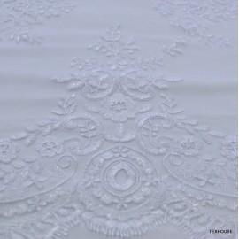Дантела тюл бродерия оптично бяло
