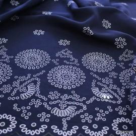 Лен шифон щампа тъмно синьо с бяло